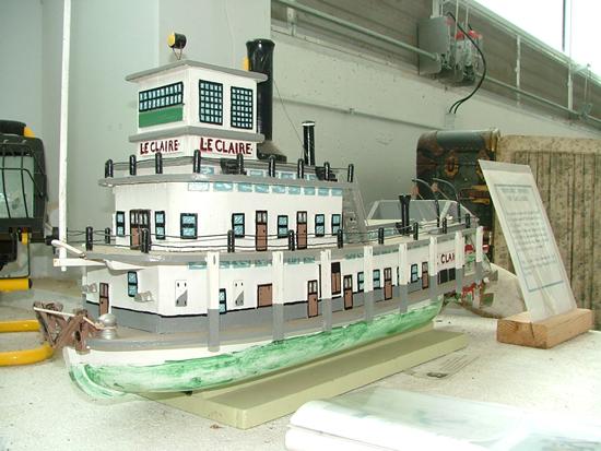 boat_replica_550