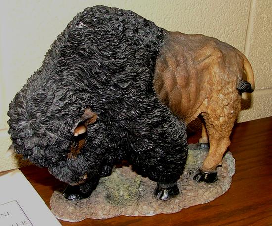 buffalo_statue_2_550